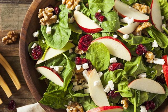 salata sa orašastim plodovima