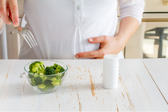 trudnica jede brokoli